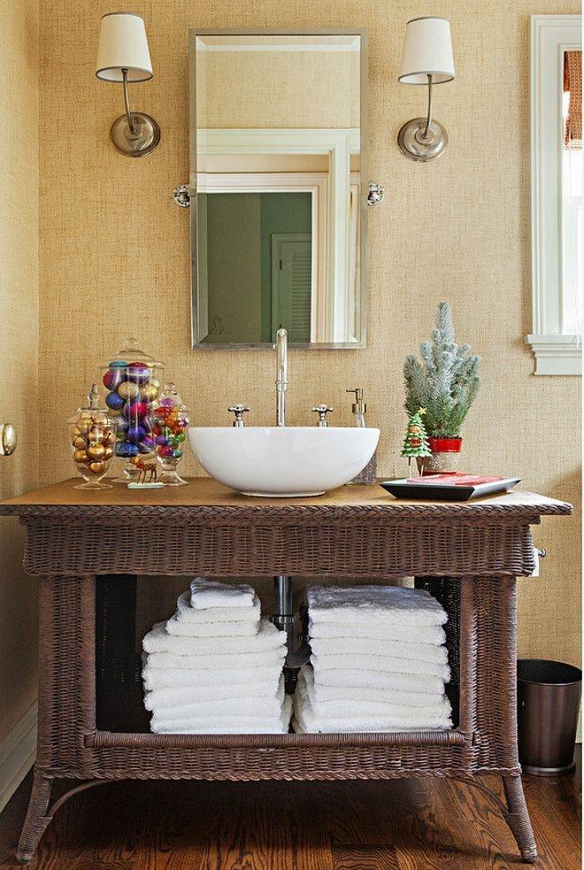 Minimalist Bathroom Winter Decoration Ideas 35