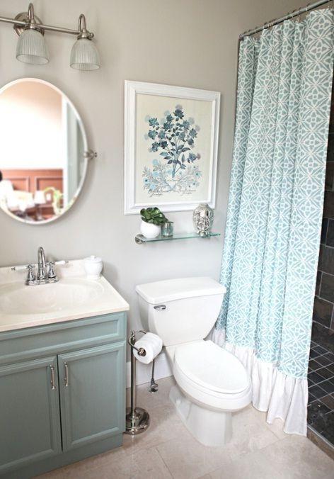 Minimalist Bathroom Winter Decoration Ideas 48