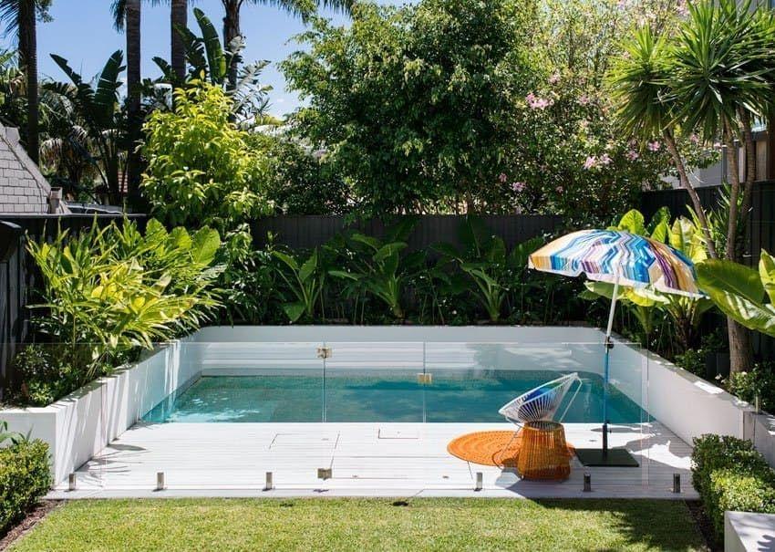 Modern Small Backyard Ideas With Swimming Pool Design 02
