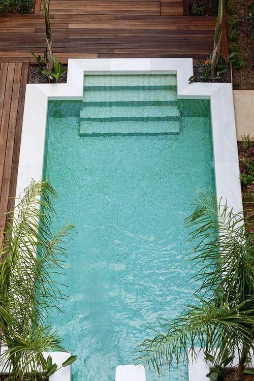 Modern Small Backyard Ideas With Swimming Pool Design 17