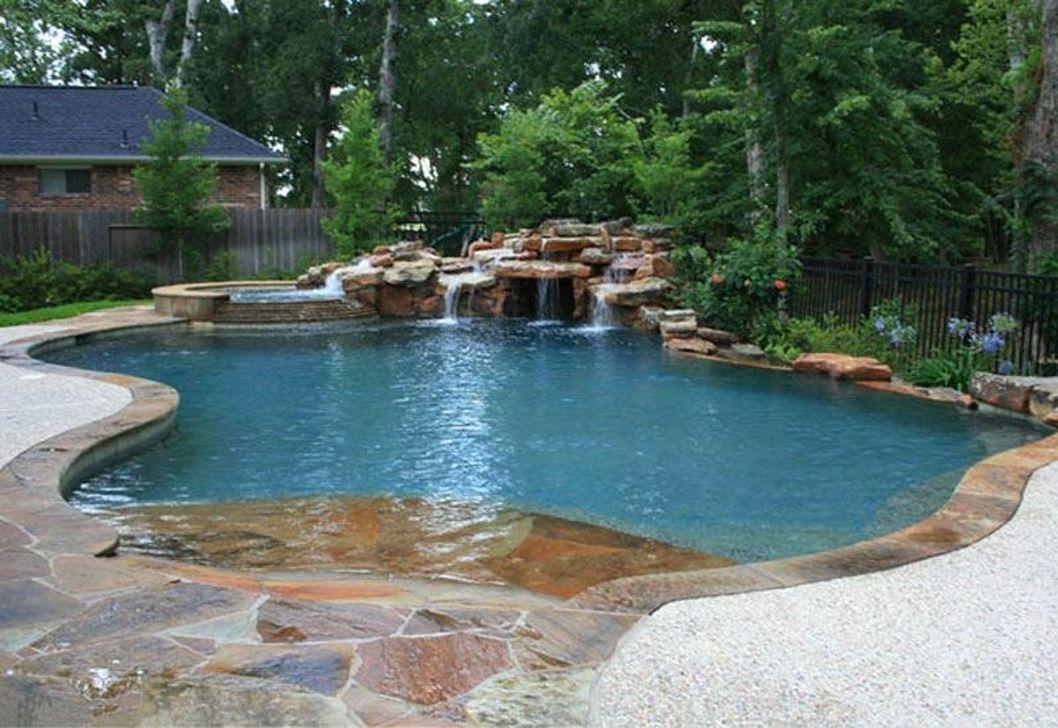 Modern Small Backyard Ideas With Swimming Pool Design 38