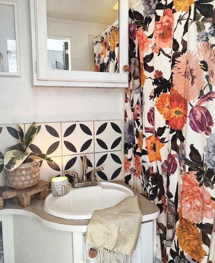 Stunning Bohemian Style Home Decor Ideas 29