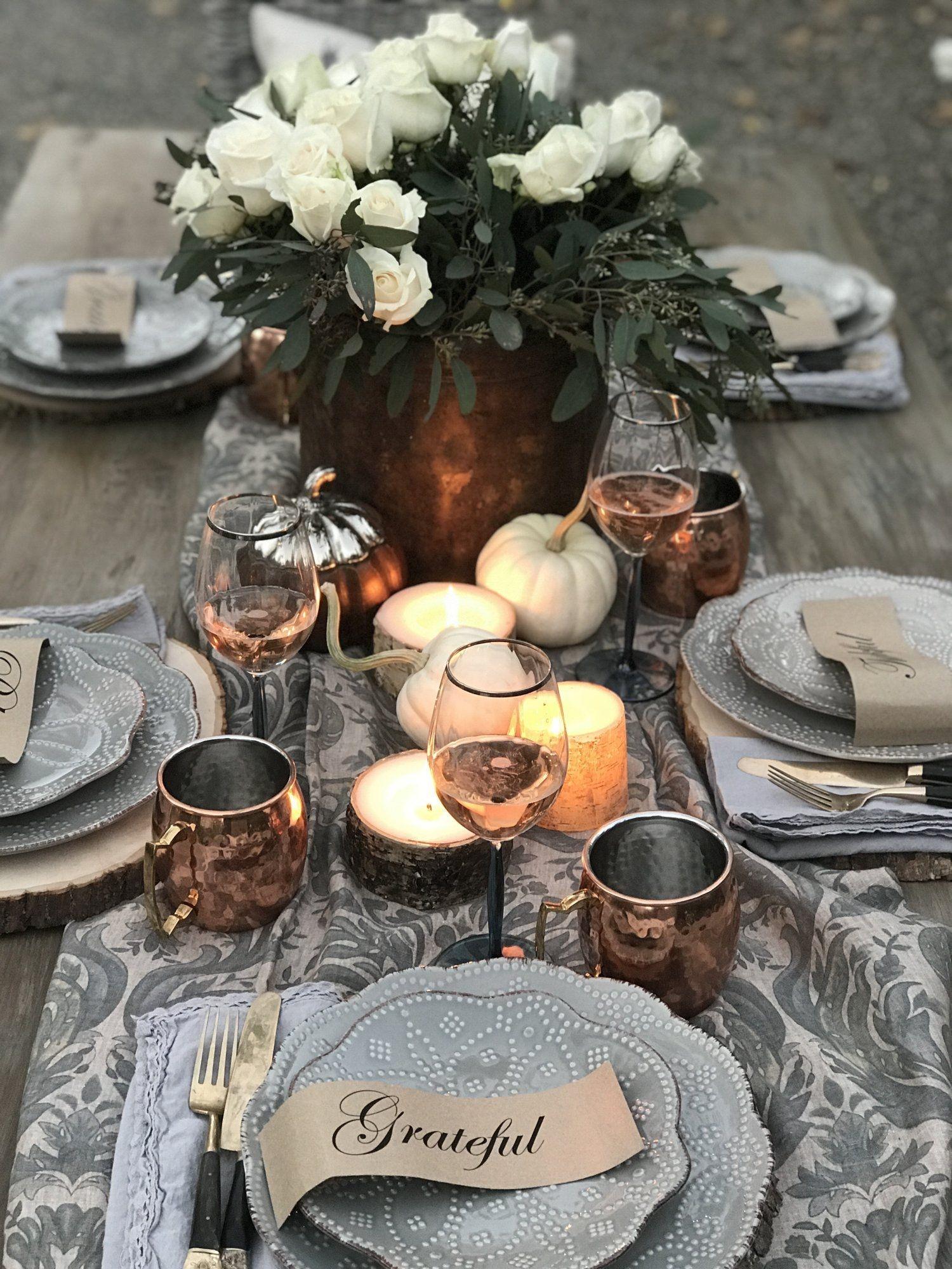 Stylish Thanksgiving Table Ideas 43