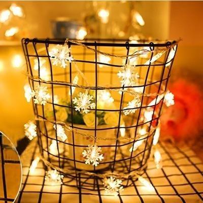 Easy Christmas Tree Decor With Lighting Ideas 01