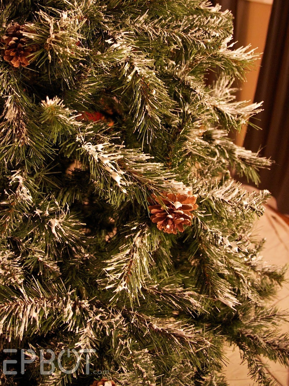 Easy Christmas Tree Decor With Lighting Ideas 44