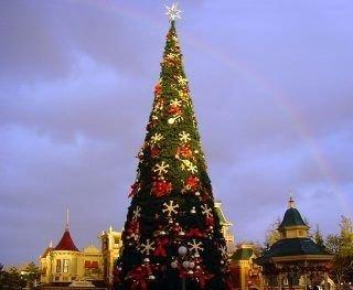 Easy Christmas Tree Decor With Lighting Ideas 46