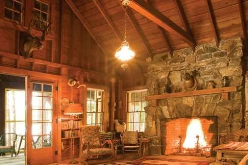 Fabulous Rock Stone Fireplaces Ideas For Christmas Décor 28