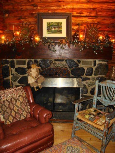 Fabulous Rock Stone Fireplaces Ideas For Christmas Décor 39