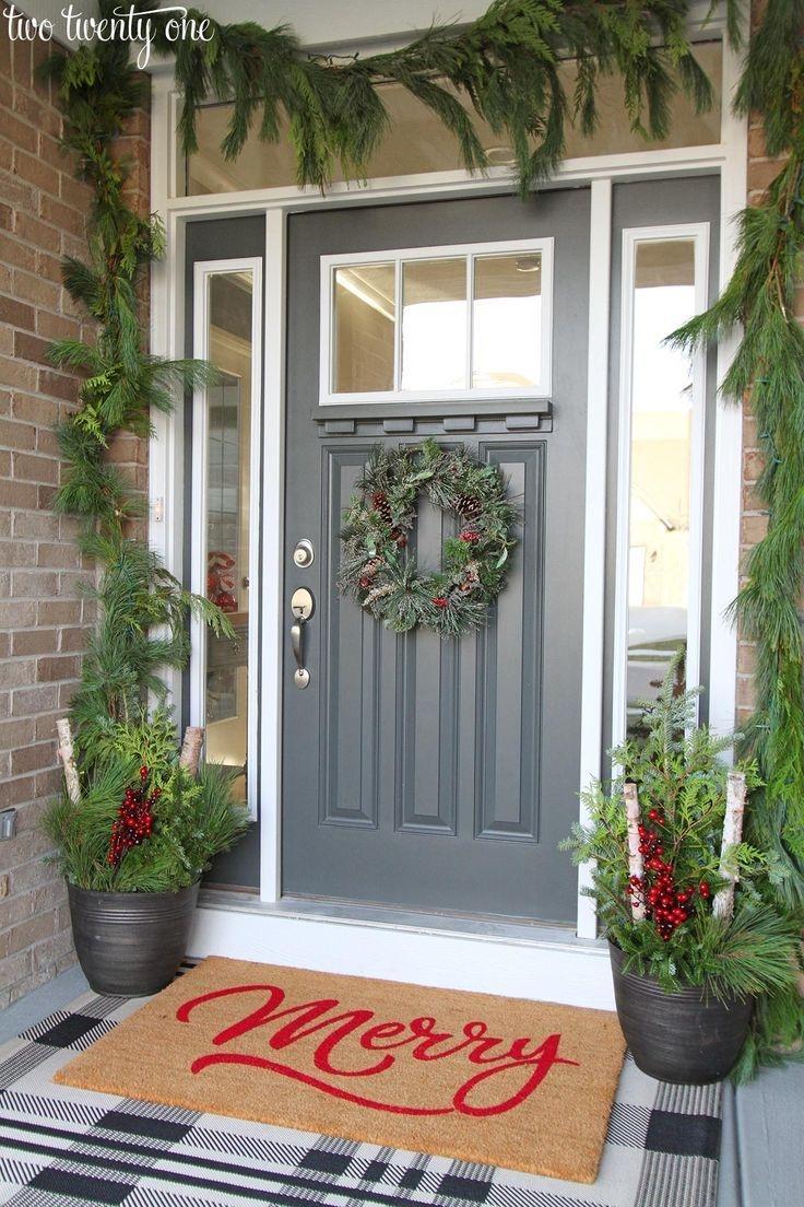 Lovely Farmhouse Christmas Porch Decor And Design Ideas 29