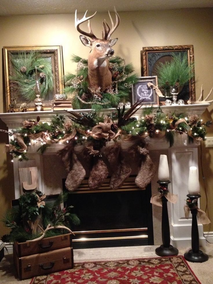 Stunning Fireplace Mantel Decor For Christmas Ideas 34