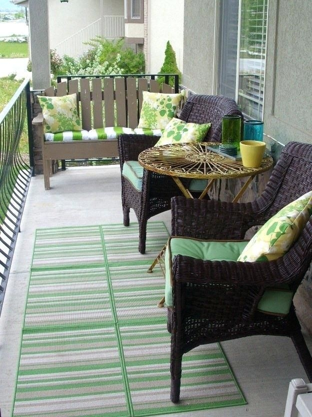 Amazing Front Porch Design Ideas For Valentines Day27