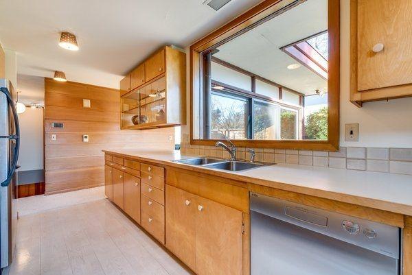 Attractive Mid Century Kitchen Designs Ideas09