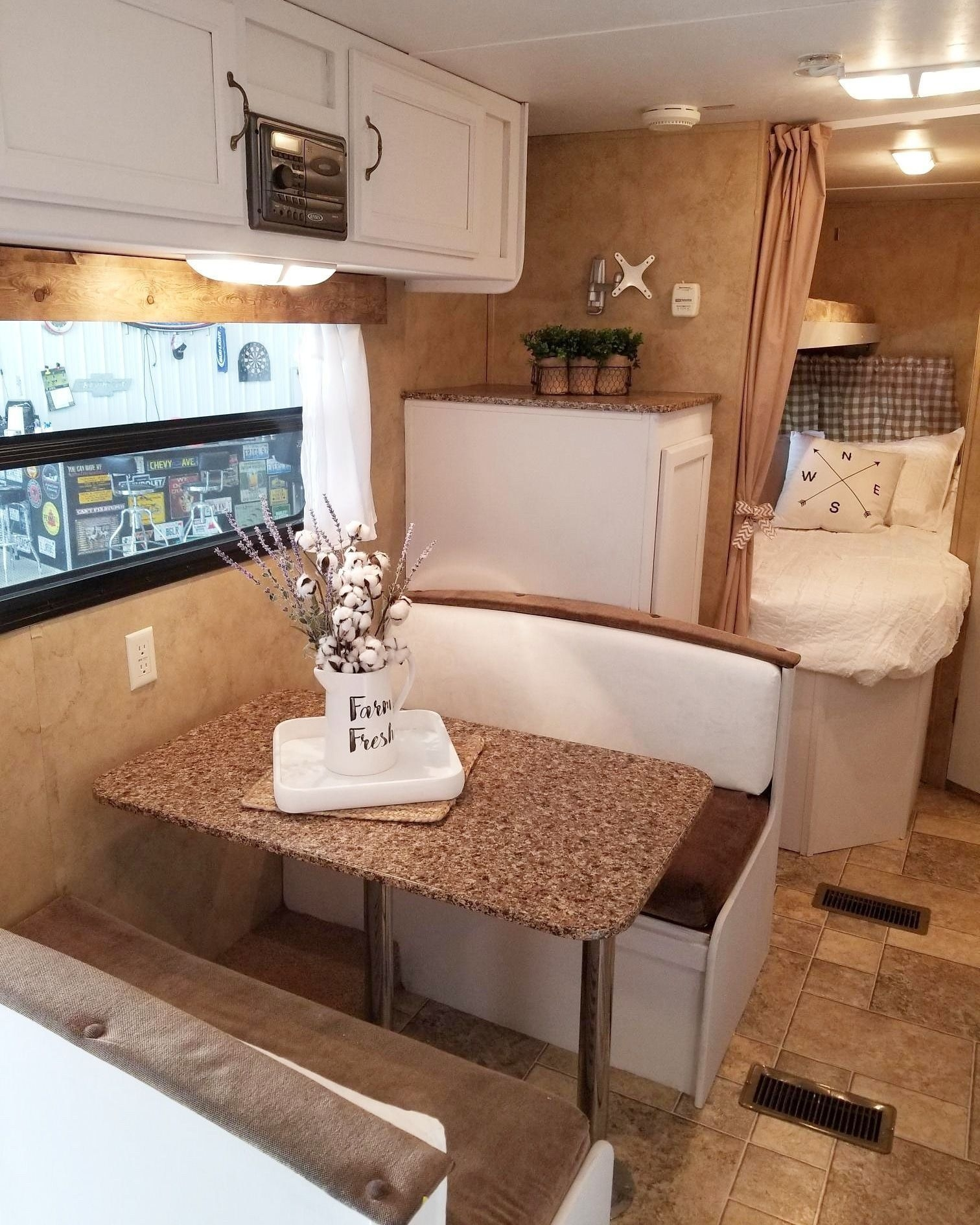Attractive Rv Hacks Remodel Ideas For Your Inspirations15