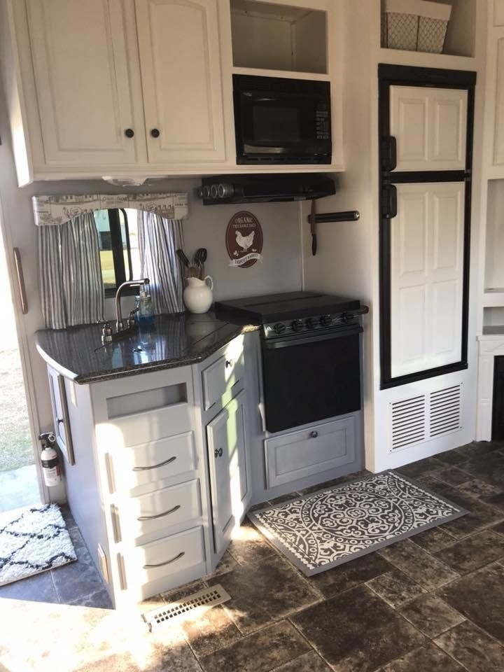 Attractive Rv Hacks Remodel Ideas For Your Inspirations46