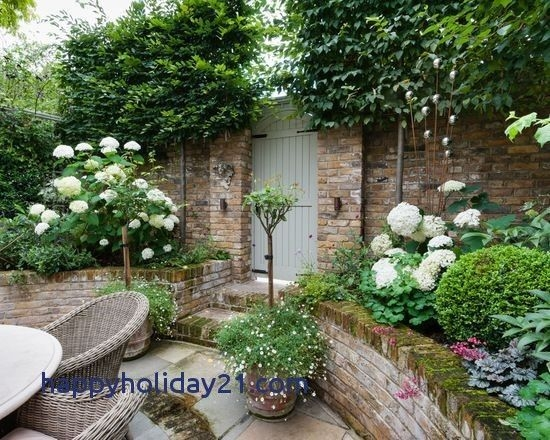 Awesome Small Space Gardening Design Ideas26
