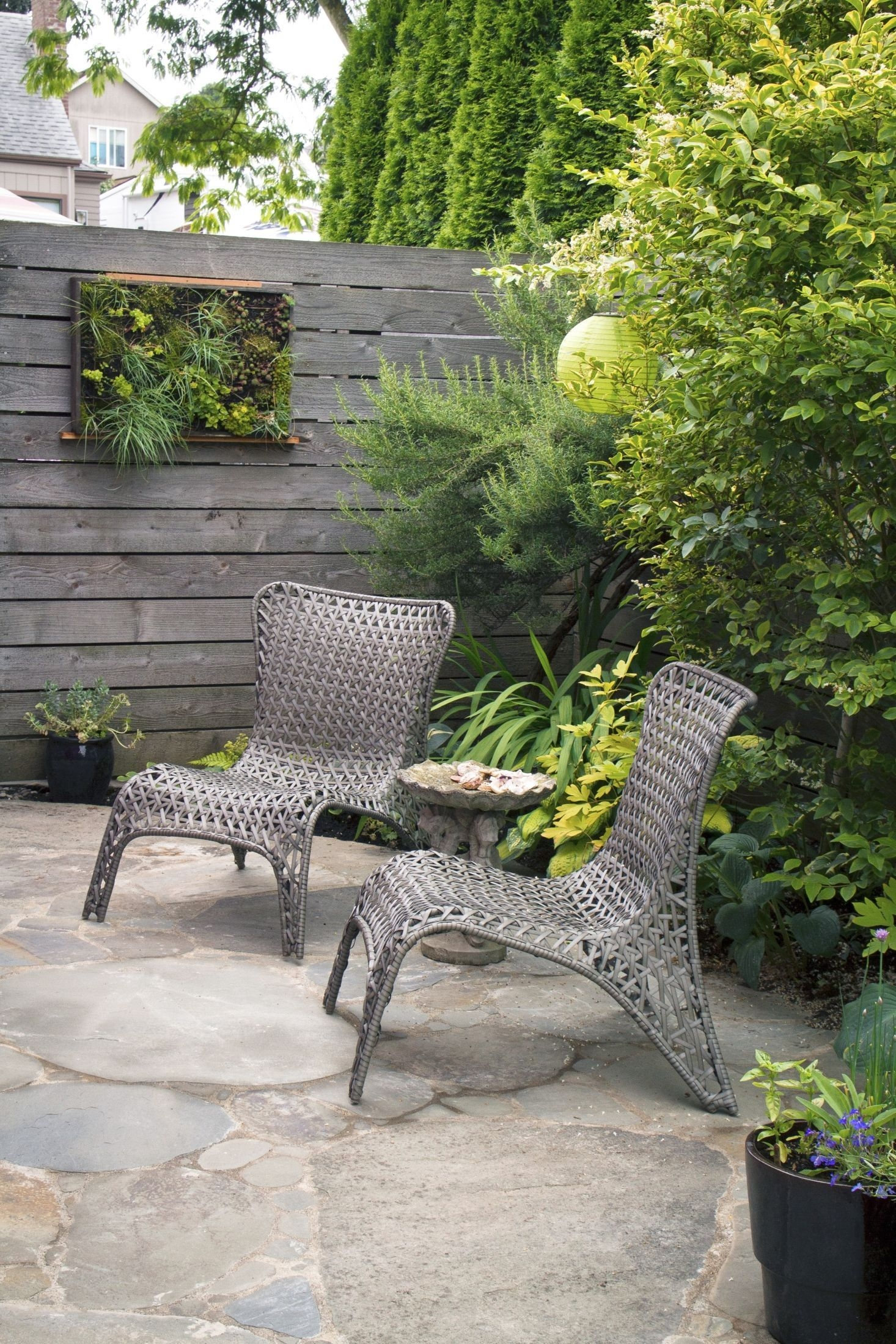 Awesome Small Space Gardening Design Ideas43
