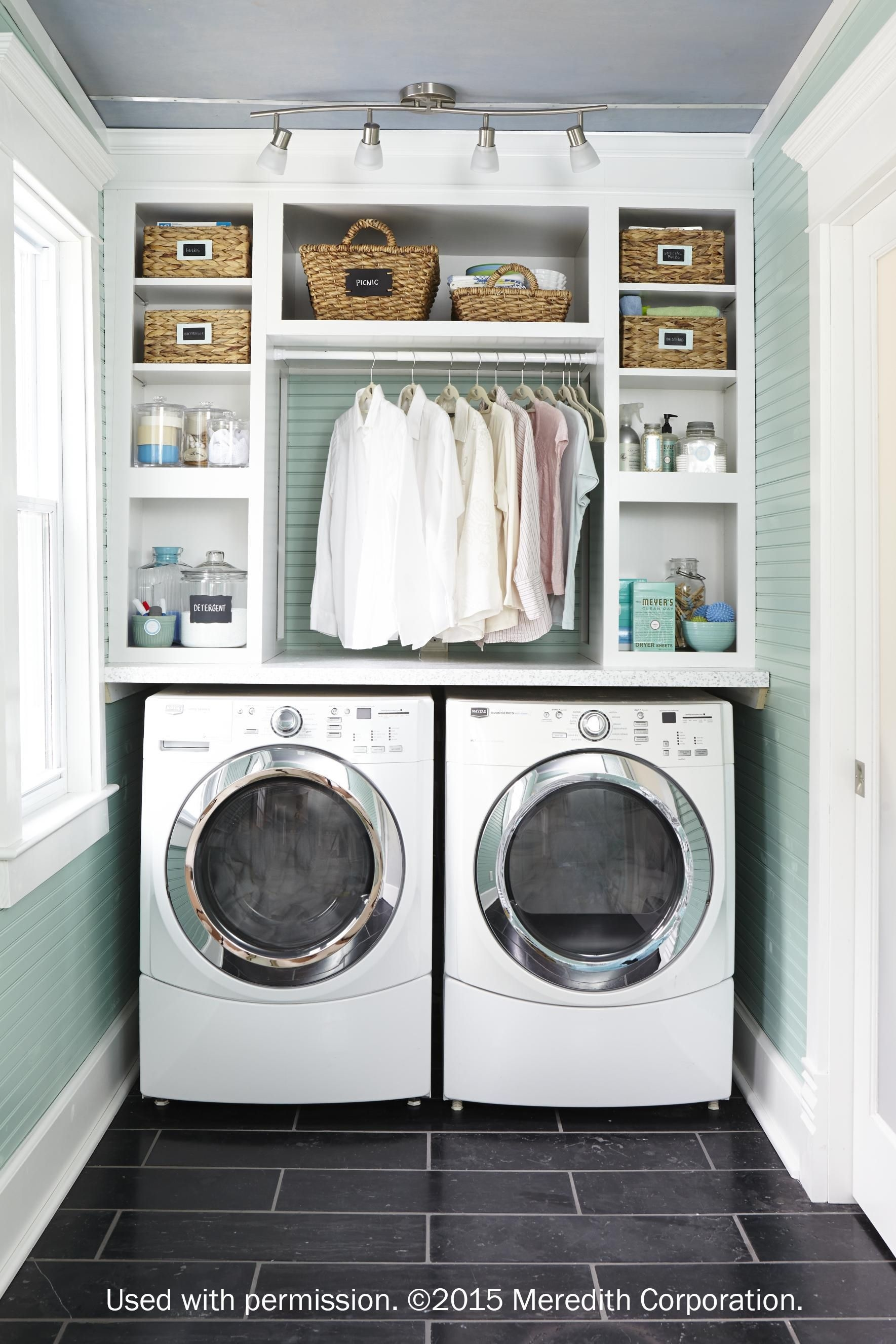Best Small Laundry Room Design Ideas30