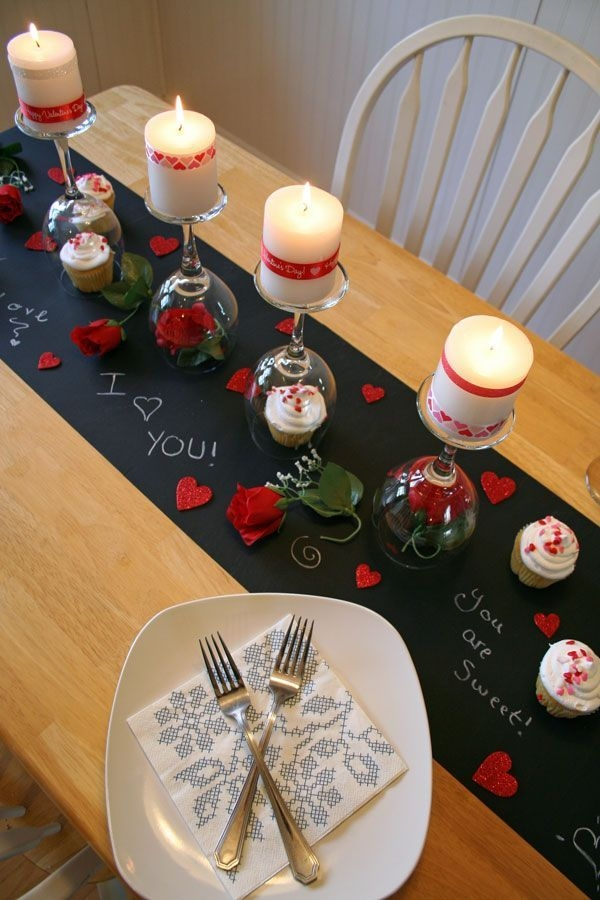 Cheap Valentine Table Decoration Ideas04