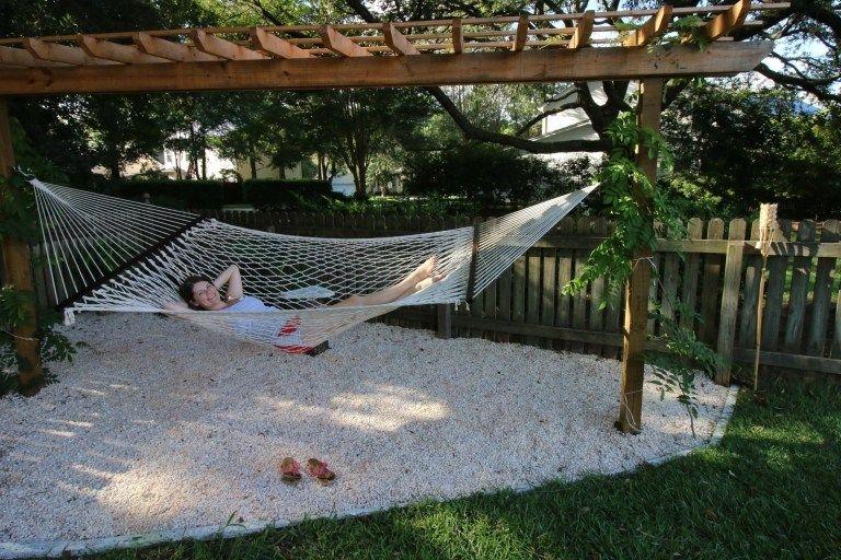 Creative Backyard Hammock Design Ideas10