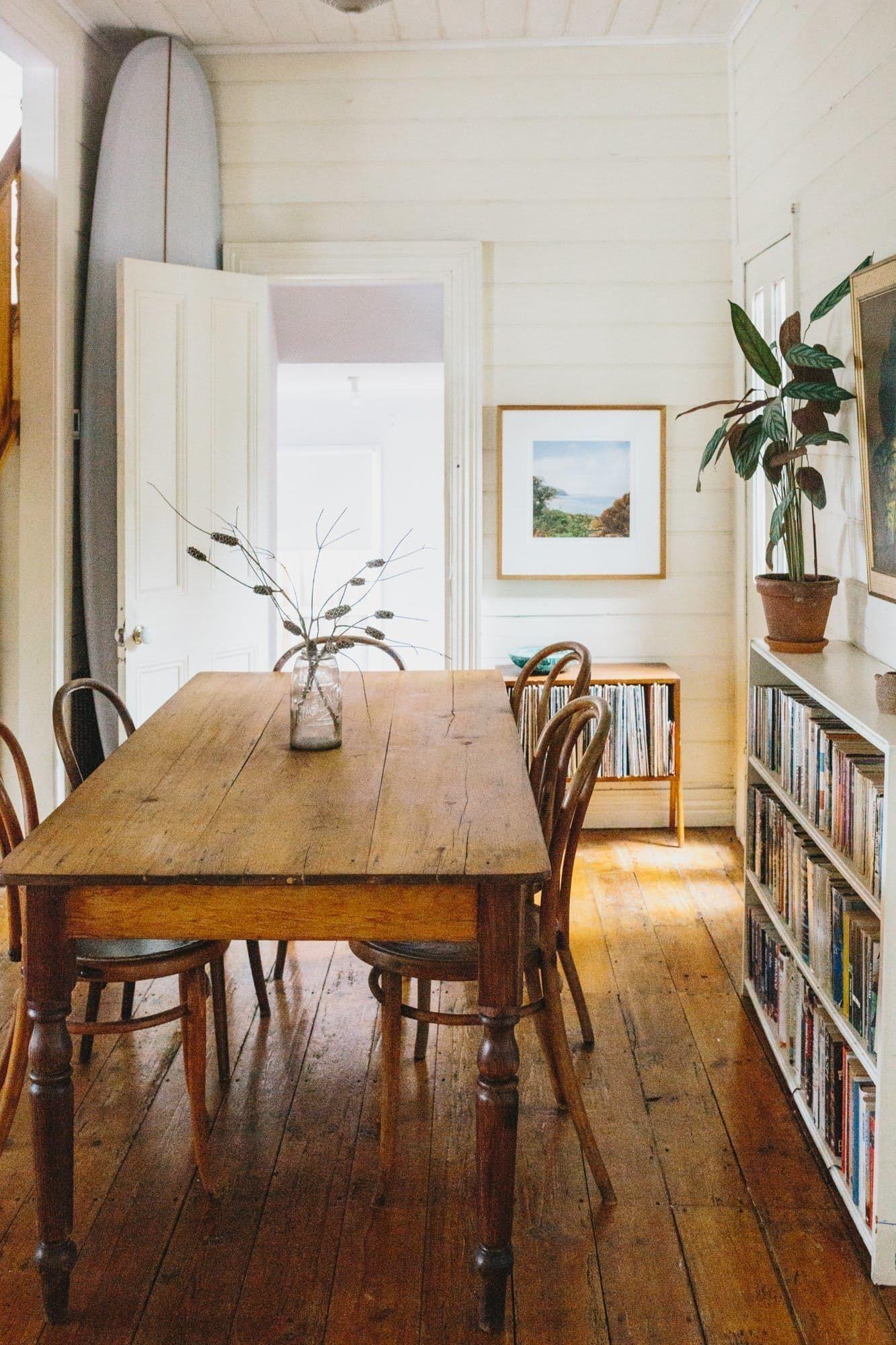 Impressive Mid Century Dining Room Design Ideas10