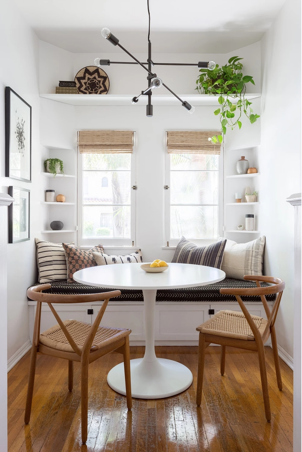 Impressive Mid Century Dining Room Design Ideas16