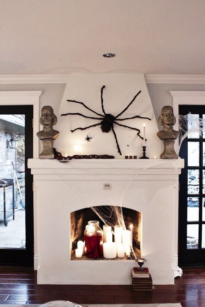 Incredible Halloween Fireplace Mantel Design Ideas39