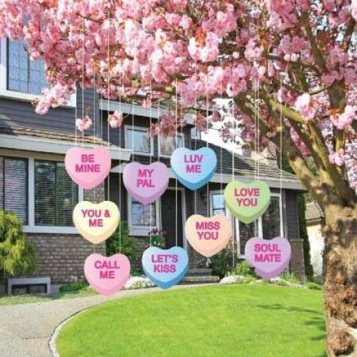 Inspiring Diy Outdoor Decorations Ideas For Valentine'S Day15
