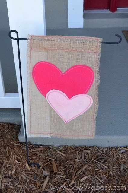Inspiring Diy Outdoor Decorations Ideas For Valentine'S Day24