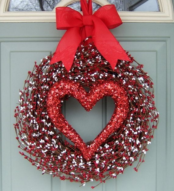 Inspiring Diy Outdoor Decorations Ideas For Valentine'S Day26