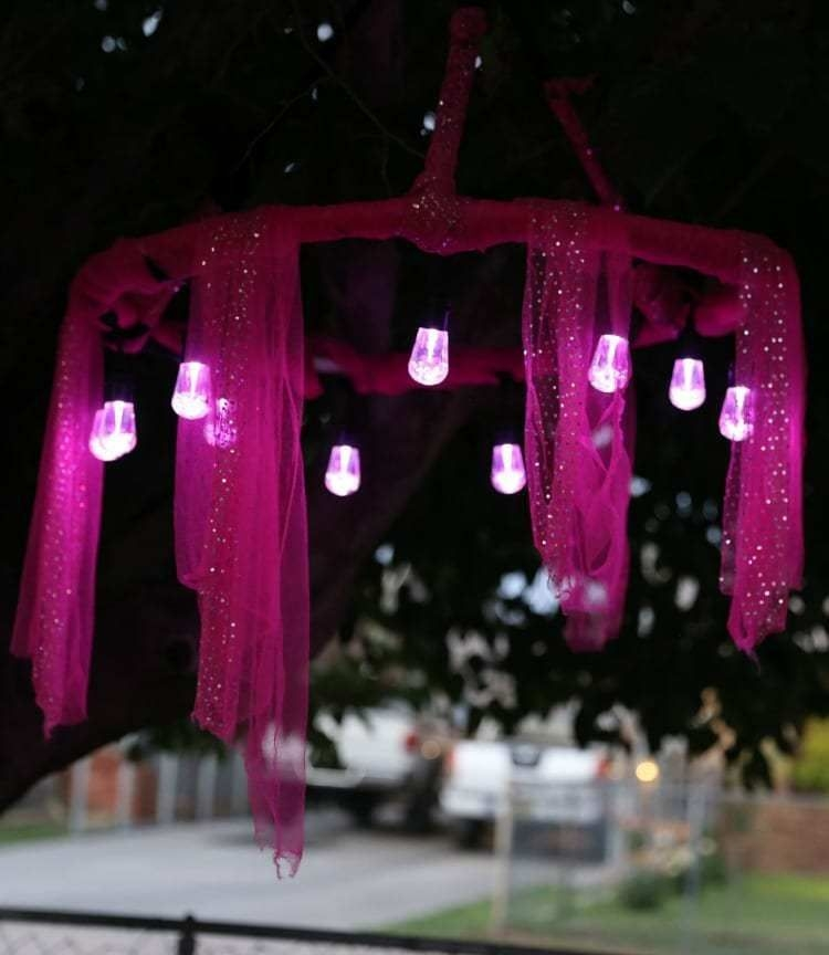 Inspiring Diy Outdoor Decorations Ideas For Valentine'S Day40