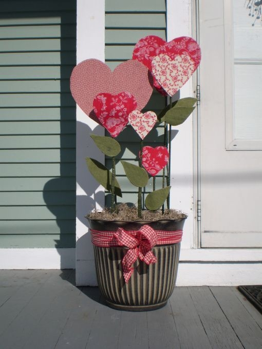 Inspiring Exterior Decoration Ideas For Valentines Day44
