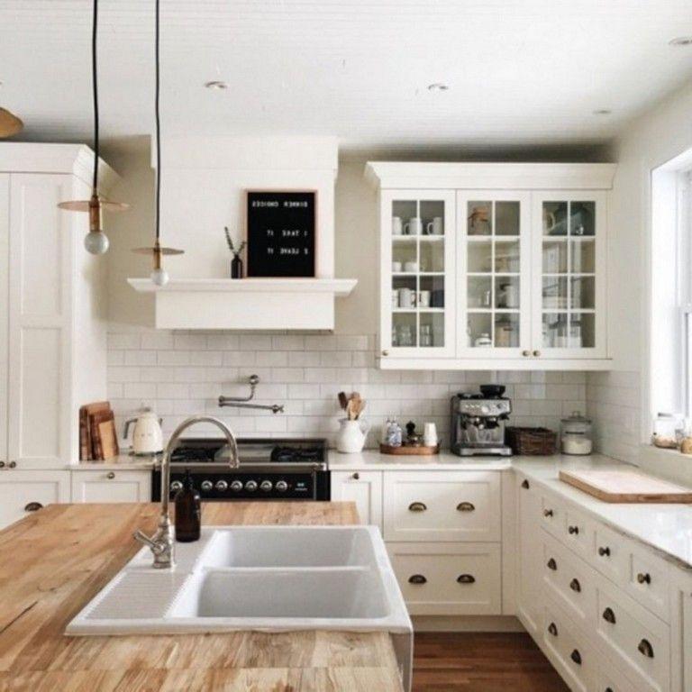 Magnificient Farmhouse Kitchen Design Ideas33