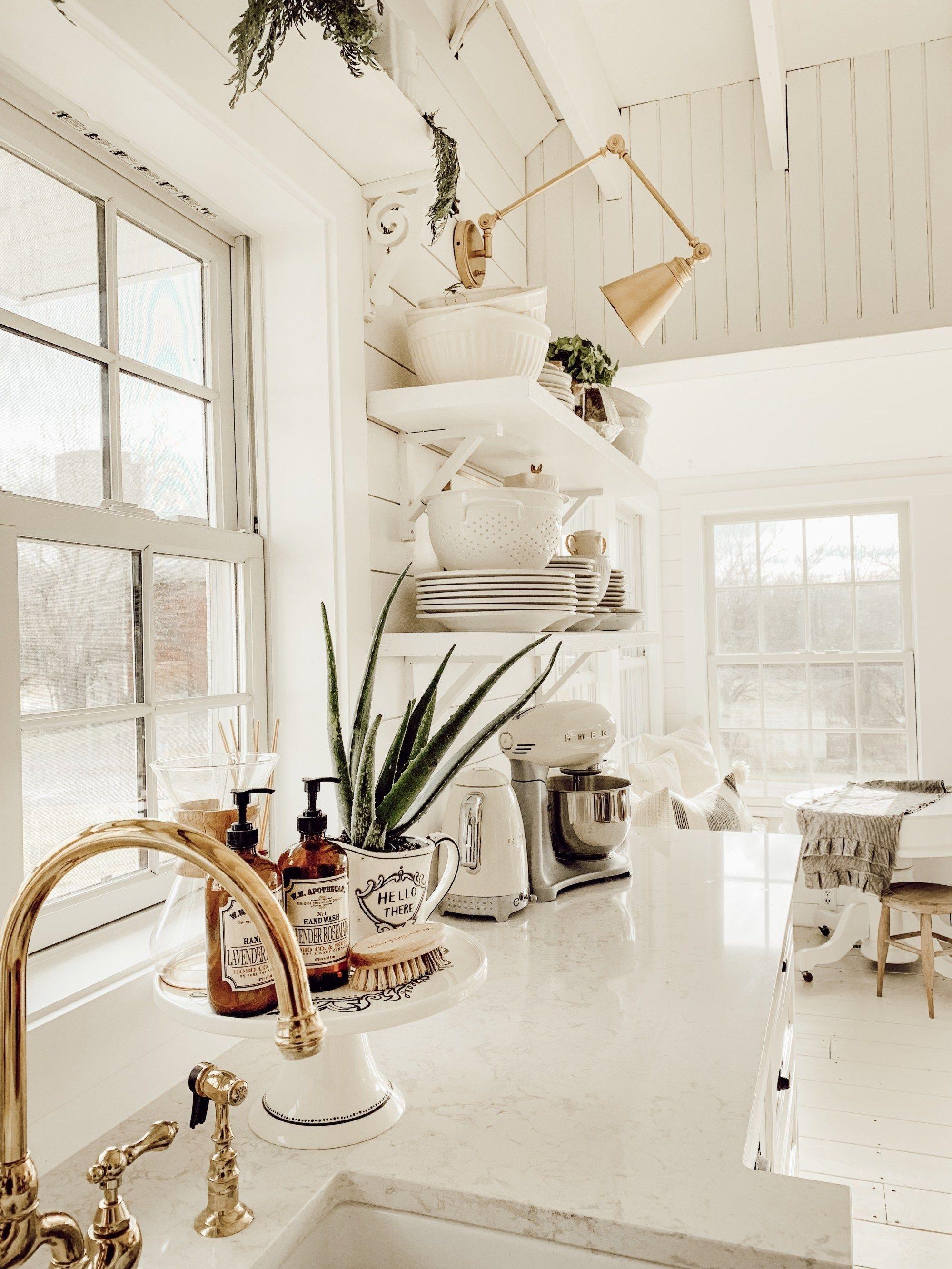 Magnificient Farmhouse Kitchen Design Ideas39