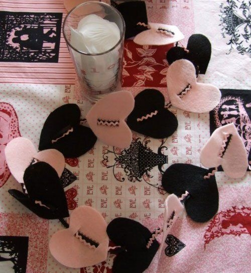 Magnificient Valentines Day Table Decorating Ideas09