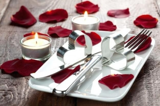 Magnificient Valentines Day Table Decorating Ideas12
