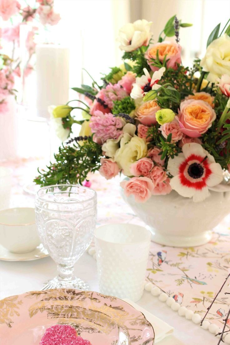 Magnificient Valentines Day Table Decorating Ideas14