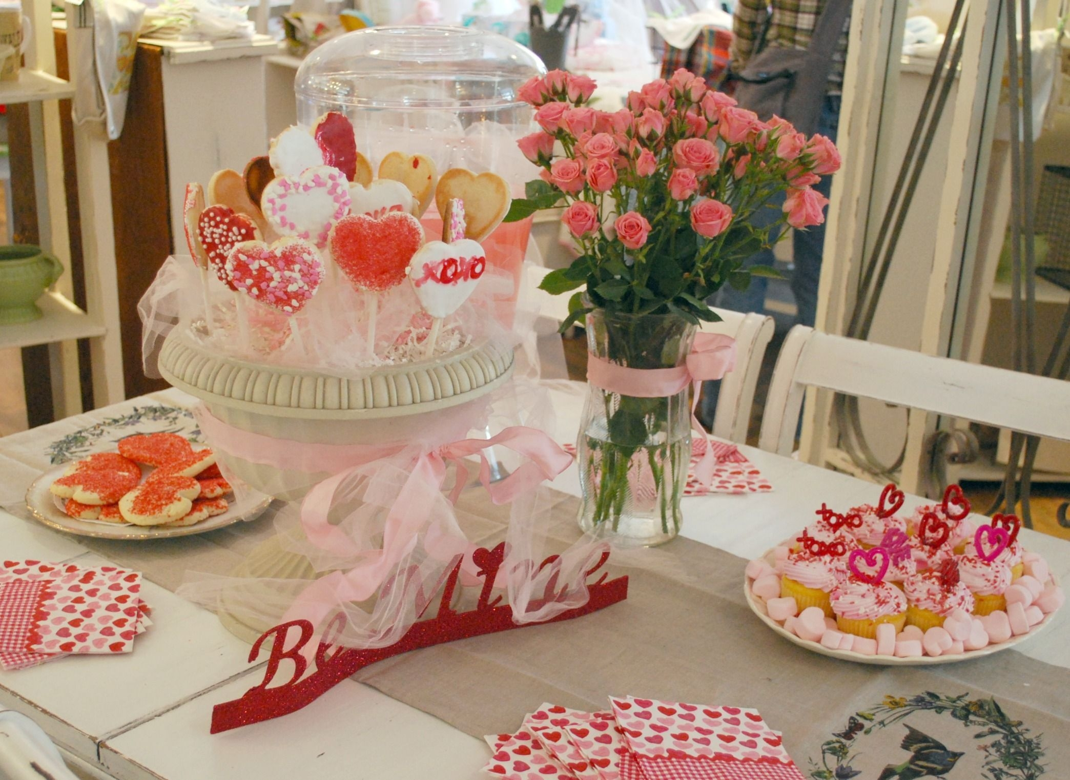Magnificient Valentines Day Table Decorating Ideas16