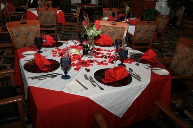 Magnificient Valentines Day Table Decorating Ideas30