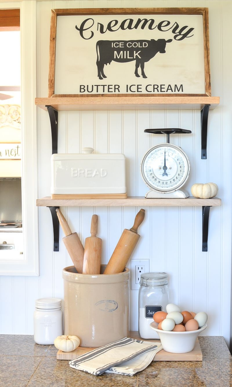 Pretty Farmhouse Kitchen Decoration Ideas18