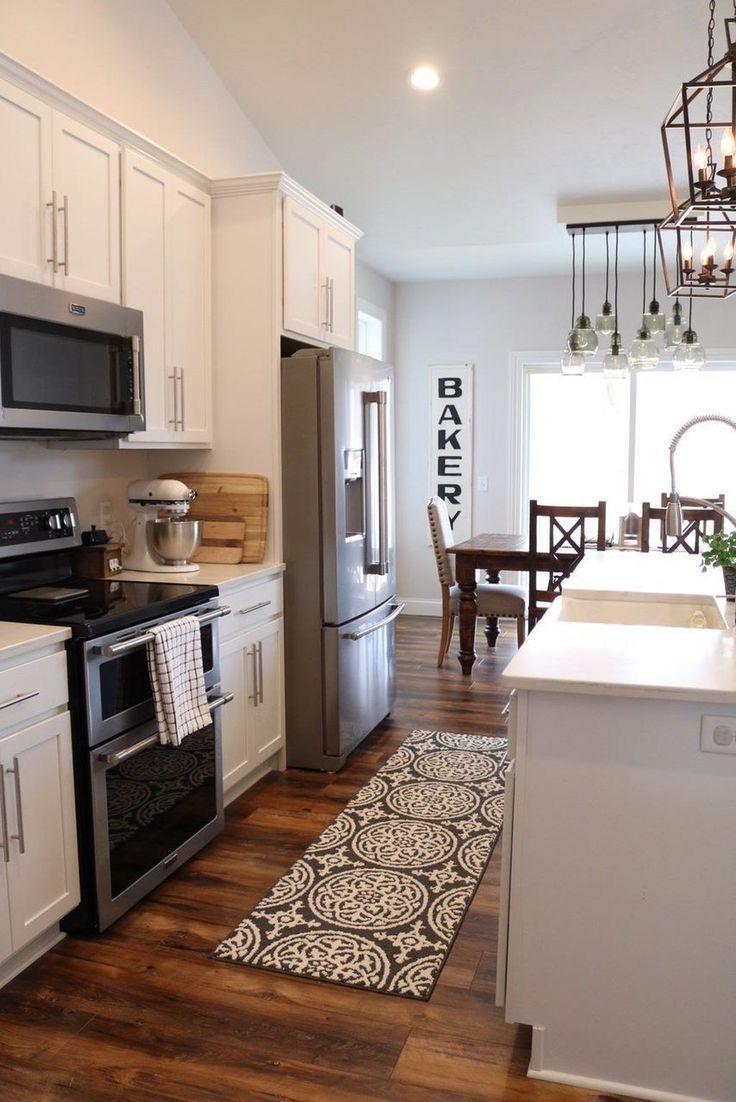 Pretty Farmhouse Kitchen Decoration Ideas31
