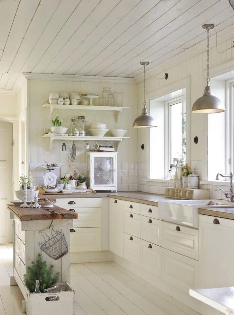 Pretty Farmhouse Kitchen Decoration Ideas32