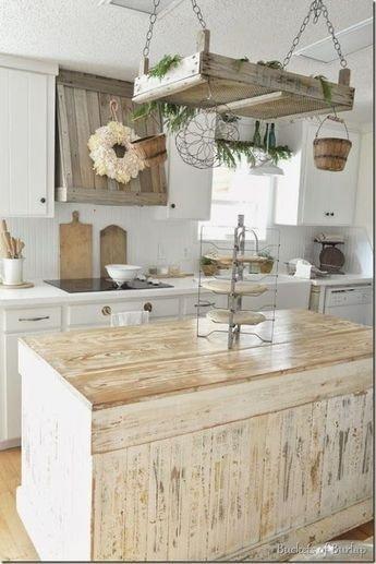 Pretty Farmhouse Kitchen Decoration Ideas40
