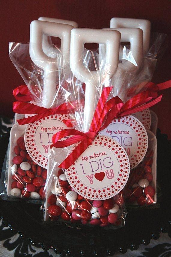 Wonderful Handmade Decorations Ideas For Valentines Day 01
