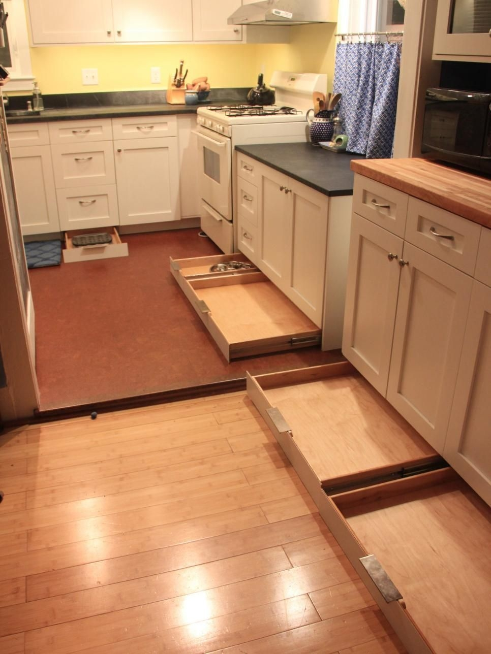 Affordable Small Kitchen Remodel Ideas23