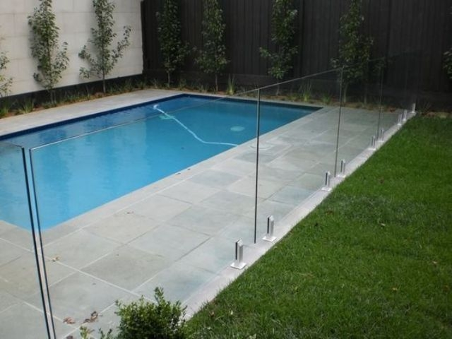 Amazing Glass Pool Design Ideas For Home26