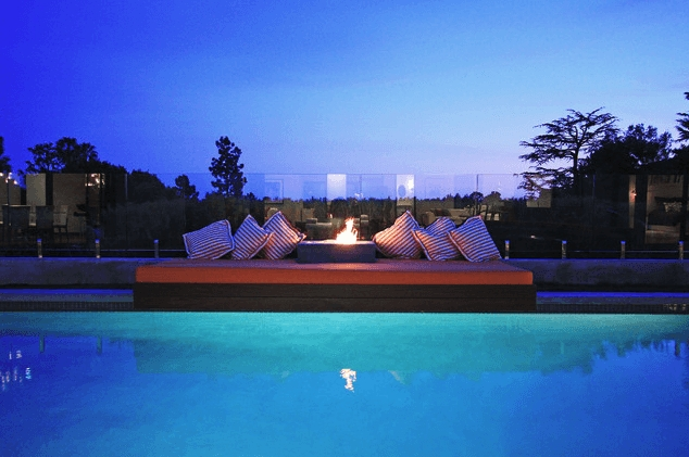 Amazing Glass Pool Design Ideas For Home30