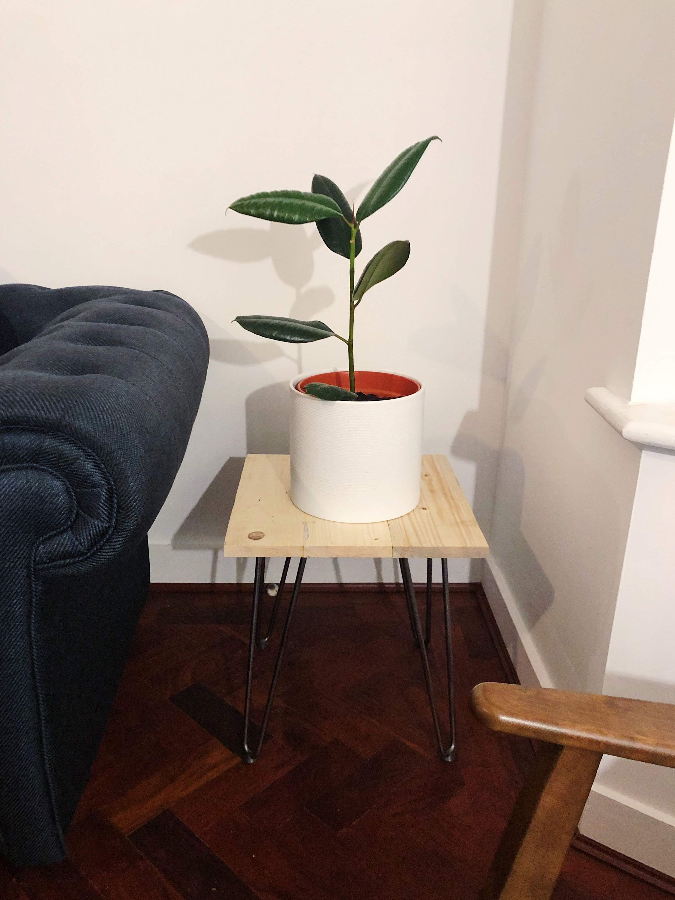 Awesome Stand Wooden Plant Ideas17