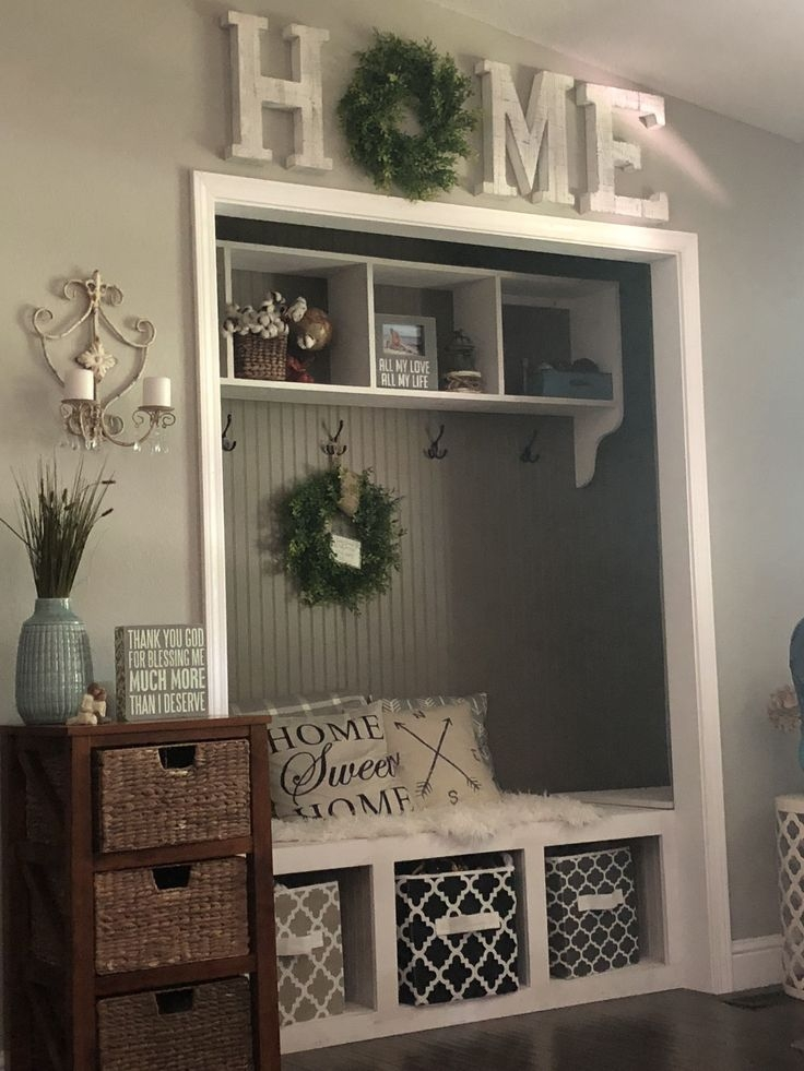 Beautiful Rustic Entryway Decor Ideas03