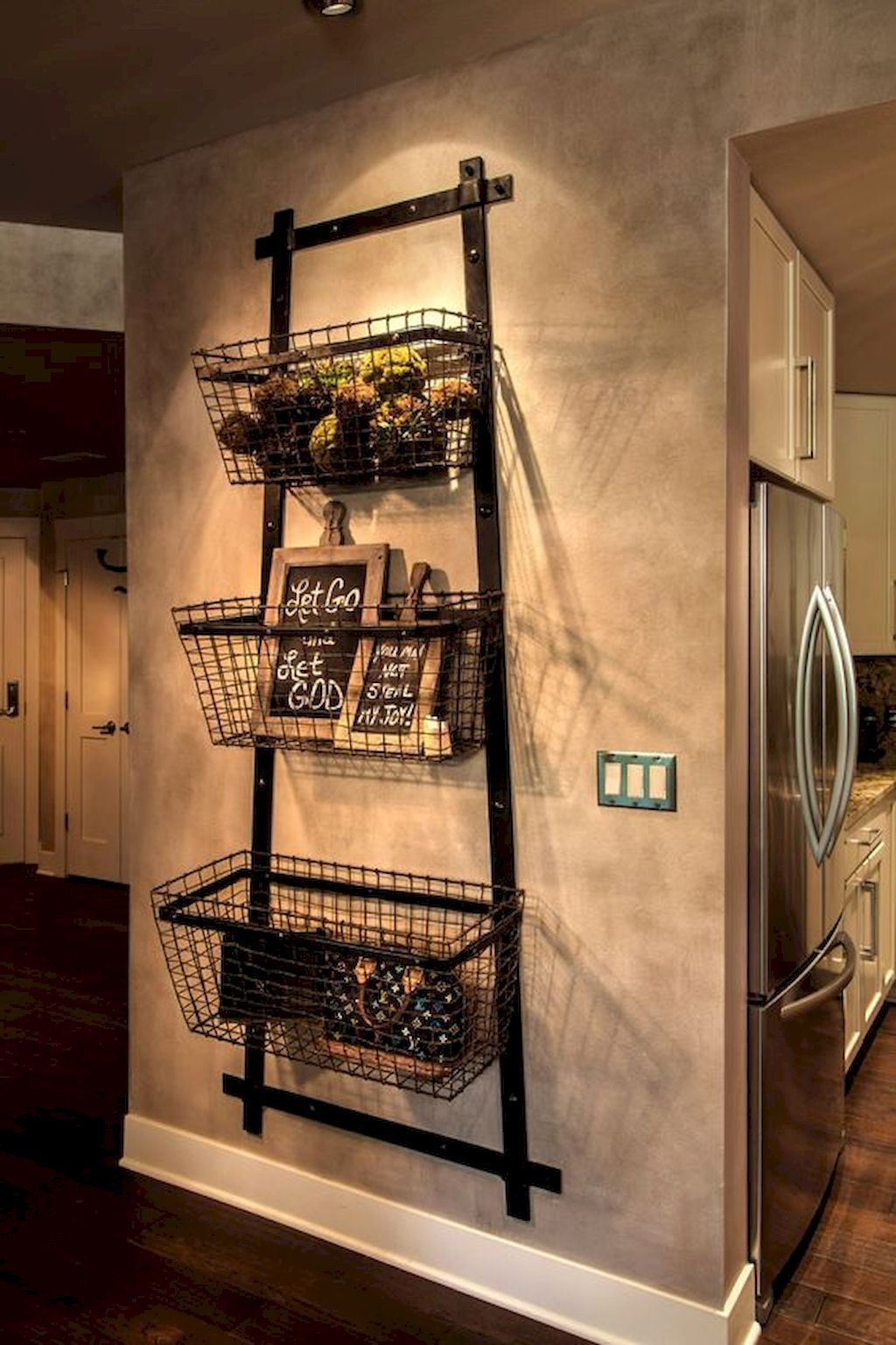 Beautiful Rustic Entryway Decor Ideas22