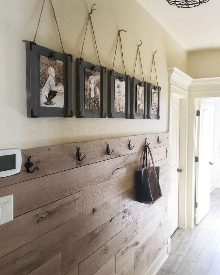 Beautiful Rustic Entryway Decor Ideas32
